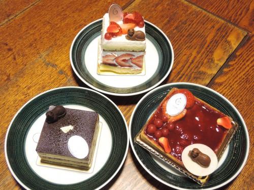 140722-CHATROIS-cake1